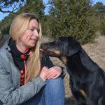 Portrait der Hundetrainerin Juliane Hille von der Hundeschule HerzensTölen